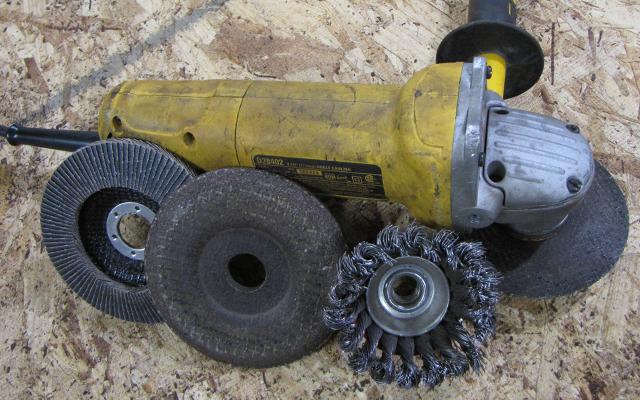 dewalt 4.5 inch angle grinder
