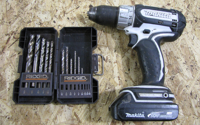 makita drill and drill bit set